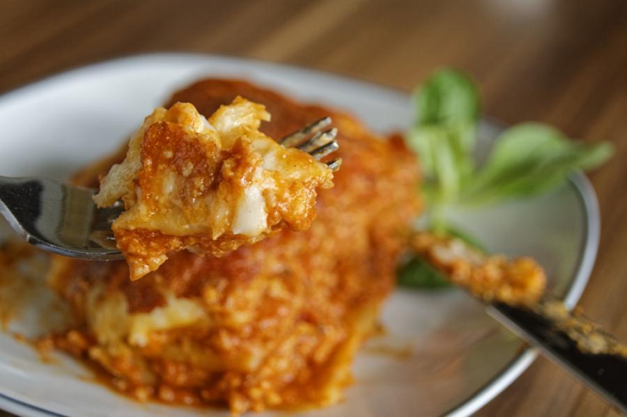 Лазанья - отличное блюдо для холодных вечеров