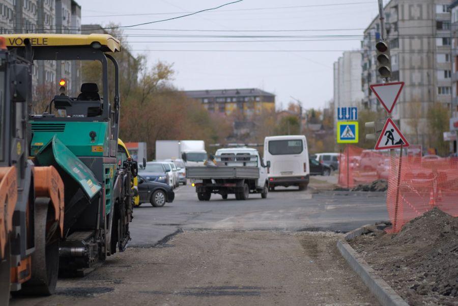 Провал на отремонтированном перекрестке в Бийске устранят в ближайшее время
