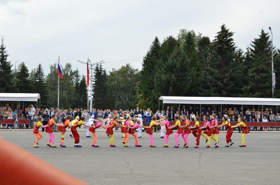 Места неповышенной комфортности: почему мало кто увидел парад на День города