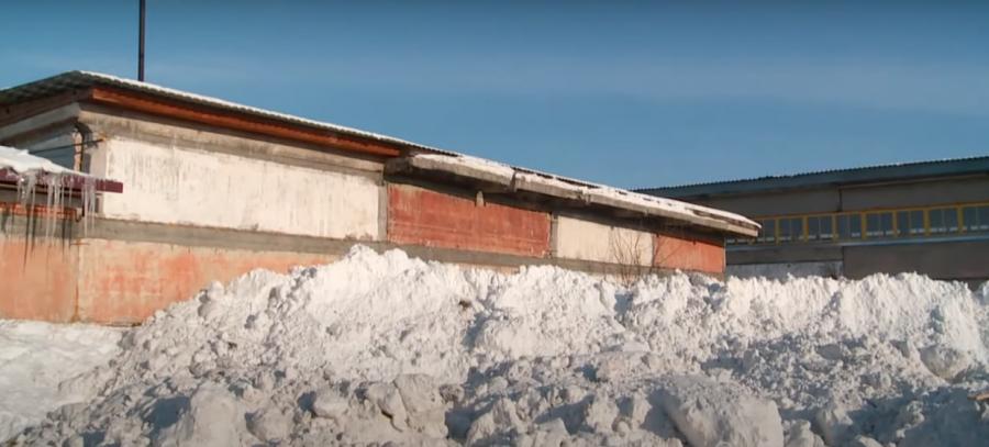В Бийске проходит проверка по факту несанкционированного складирования снега