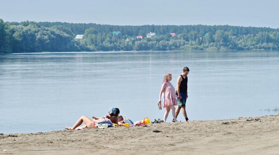 Недоброе солнце: бийский врач скорой помощи рассказал, чем опасна жара