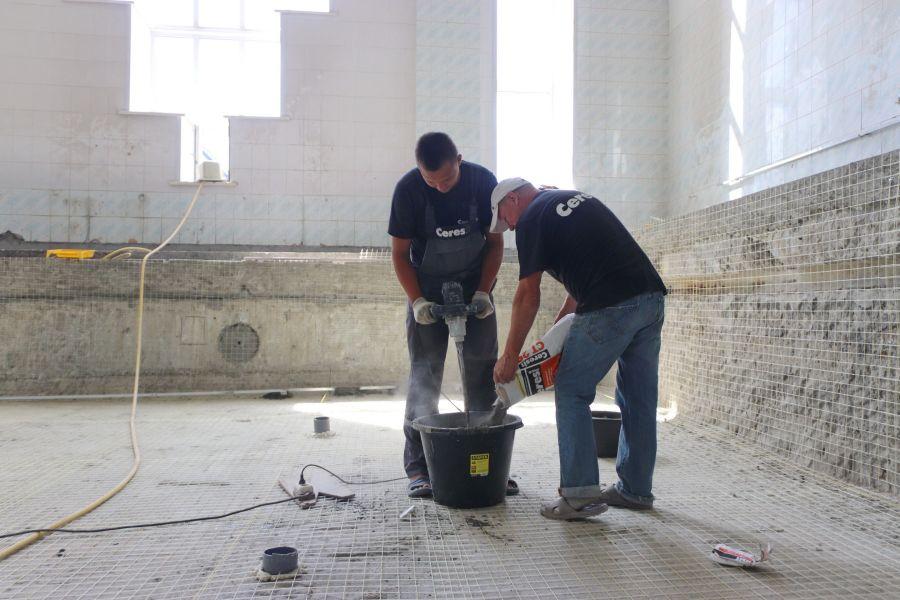 Бийский бассейн «Дельфин» отремонтируют до конца года