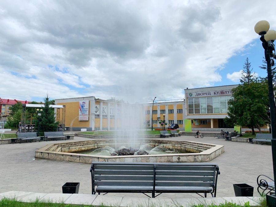 Свежесть и прохлада: где в Бийске работают фонтаны