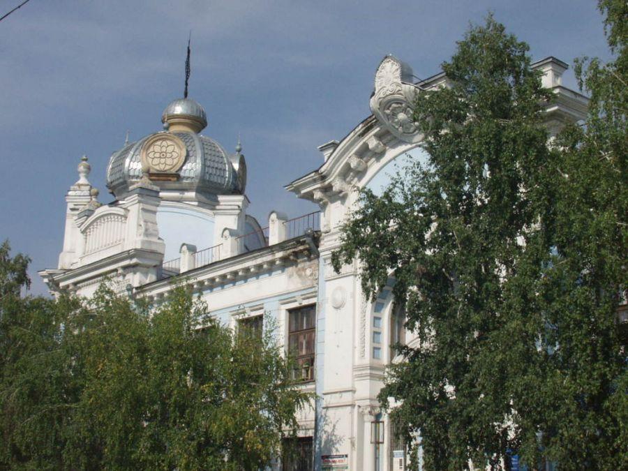 В Рубцовске разрушился знаменитый Дом со шпилем