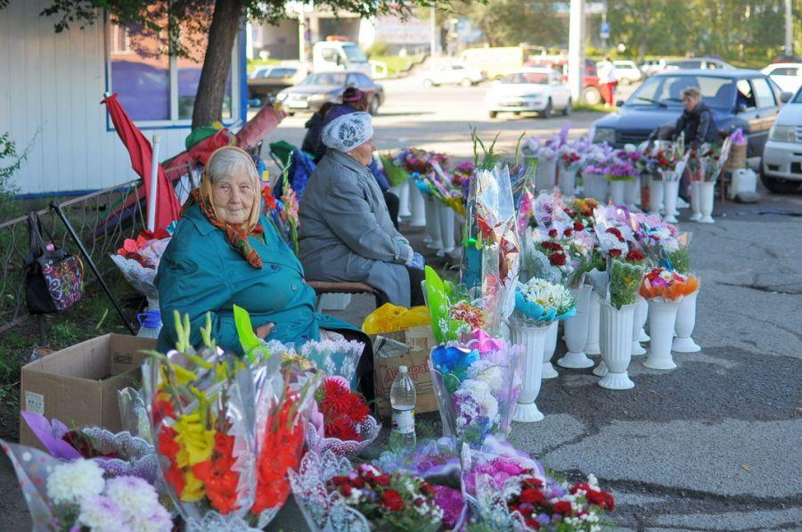 Вальс цветов: сколько в Бийске родители потратят на букет к 1 сентября