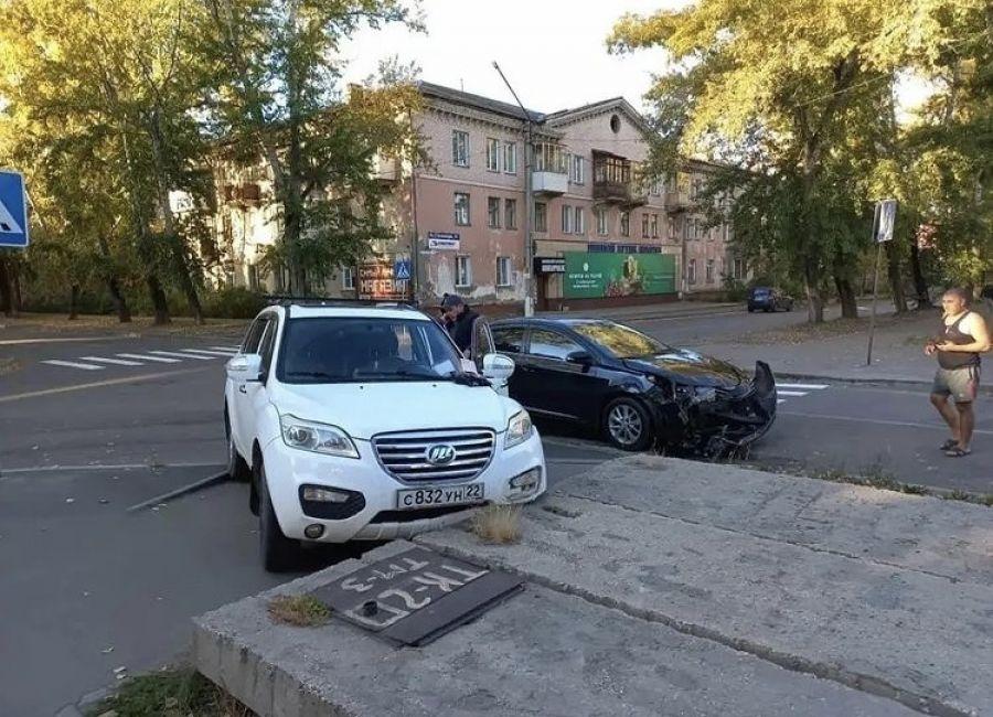 В Бийске перекресток улиц Горно-Алтайская и 8 марта прозвали «легендарным»