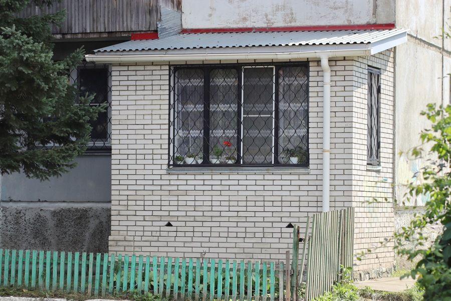 Плюс квадратные метры: зачем бийчане пристраивают балконы
