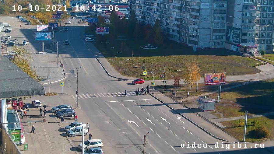 Новая разметка на перекрестке ул. Советская - Стахановская