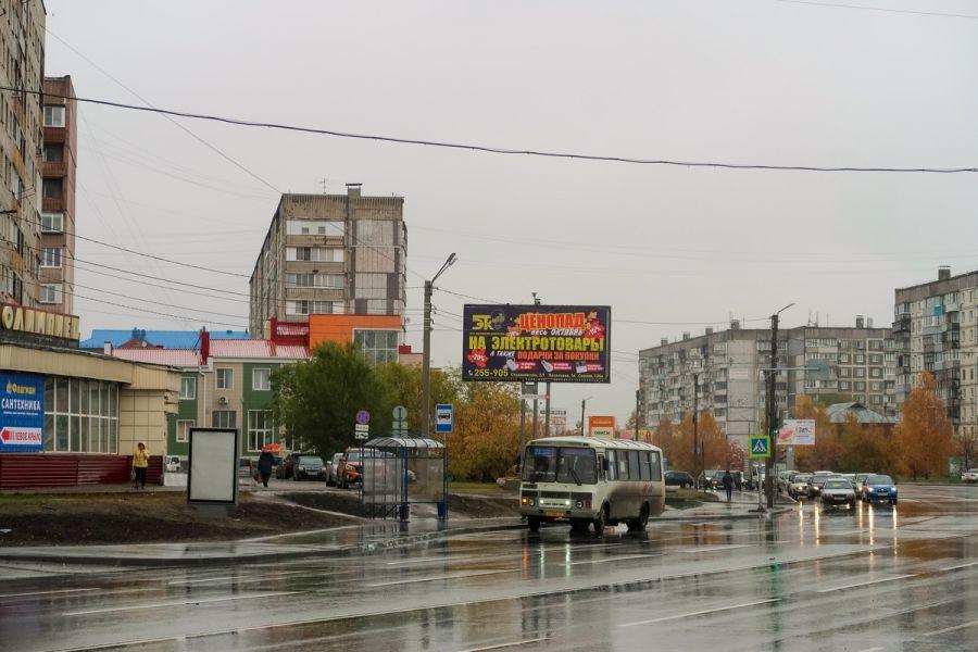 """Улица Советская. Остановка """"Олимпиец"""""""
